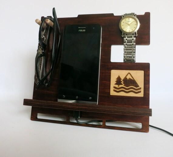 geschenk f r m nner telefonhalter tablet halter ipad etsy. Black Bedroom Furniture Sets. Home Design Ideas