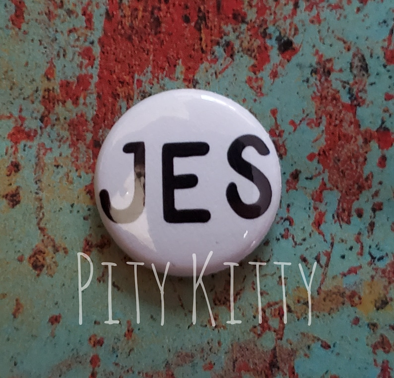 1 Button  Jes  Pedro & Chantal  90DF inspired image 0