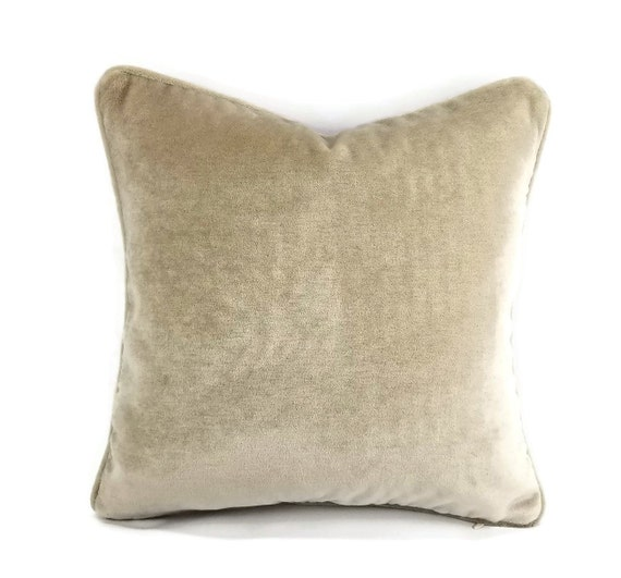 Designer Pillows by FeniasHomeDecor on Etsy