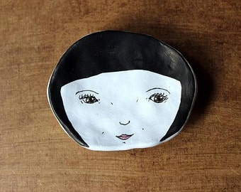 Jewellery/Ring/Nick Nack Dish. Gift. Handmade Illustrated Face Dish. Black Hair.