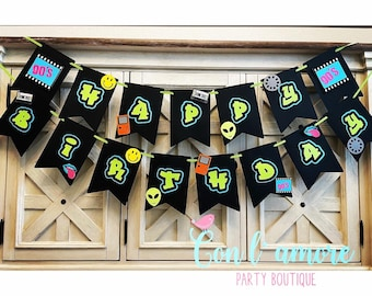 Woman Color Popping Personalized 1980/'s Party Custom 80/'s Happy Birthday Banner Girl Man Boy 4 Sizes Beautiful BB121