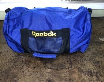 Vintage Reebok Duffel Bag Workout Nylon Pockets Pack 3eefa898faacc