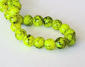 "8mm 25pc. LAMPWORK /""GLOW IN THE DARK/"" MIX COLORS GLASS BEADS"