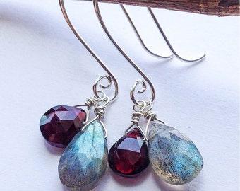 Labradorite garnet and sterling silver earrings, labradorite earrings, garnet earrings, gemstone earrings, gemstone jewelry, silver earrings