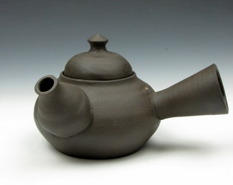 "Teapot - Kyusu - Brown - Dark Clay - 4"" x 7.5"" x 6"" - 15 oz. - Goneaway Pottery"