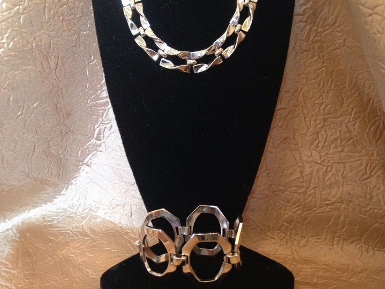CROWN TRIFARI Silver Modernist Necklace and Bracelet