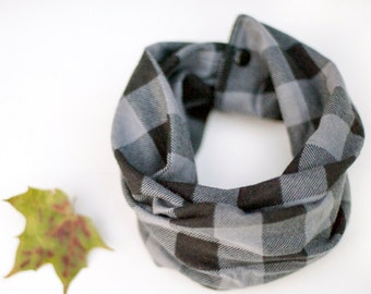 Lumberjack baby infinity scarf, Buffalo plaid baby scarf, Charcoal grey checkered flannel, Toddler scarf with snaps, Cold weather baby cowl
