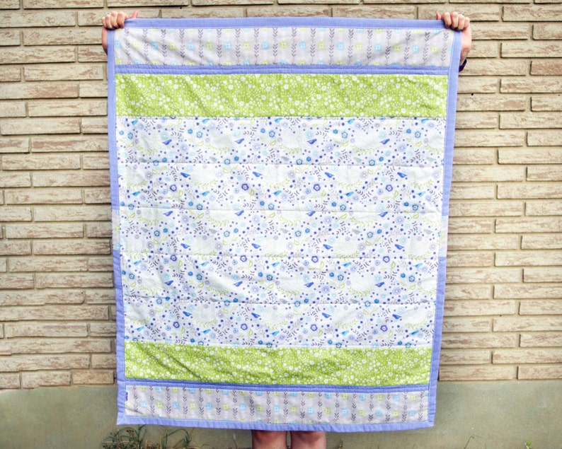 Bluebird theme quilt for baby Spring baby gift Floral image 0