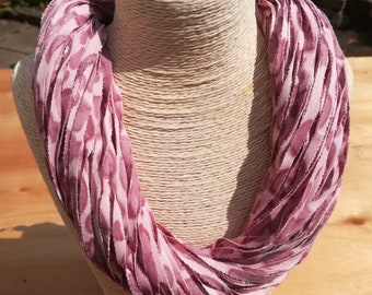 Pink Textile T Shirt Yarn Necklace Dusky Pink Magnetic Clasp