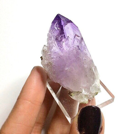 Very Pretty Terminated Point!! Makes a great display Purple Quartz Crystals Vera Cruz Amethyst Crystal --- From: Vera Cruz Mexico