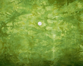 Hand Dyed Green Tie Dye Cotton Flannel Quilting Fabric Fat Quarter