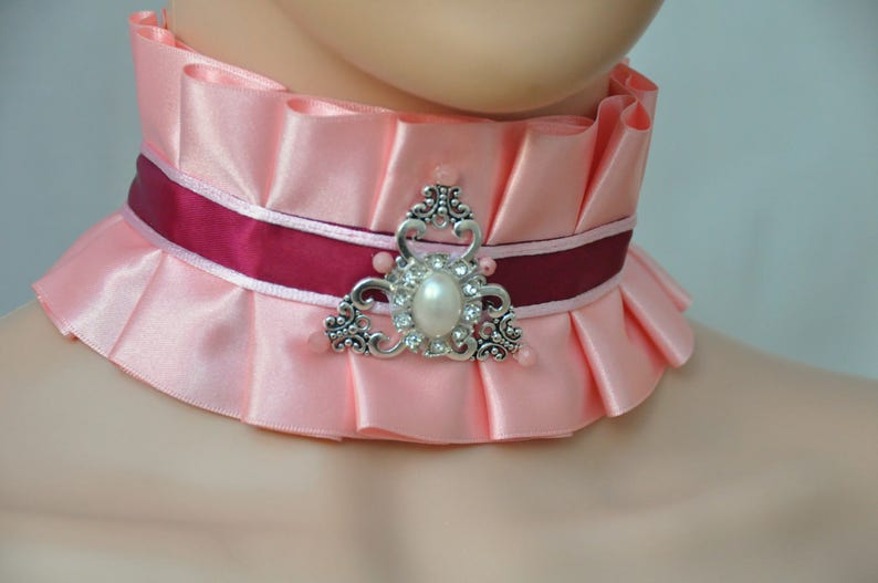Lolita choker VICTORIAN pink choker ROMANTIC pink COLLAR pastel gothic choker Pink elegent satin necklace pink burgundy kawaii collar