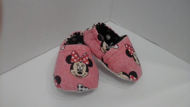 8a9c5df215a67 Minnie mouse inspired crib shoes, cloth toddler shoes no charge for non  slip souls , baby booties