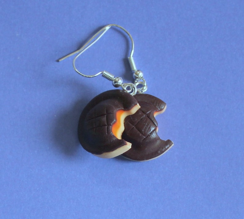 Handmade Unusual Fun Novelty Fimo Orange Jaffa Cake Biscuit dangle Earrings