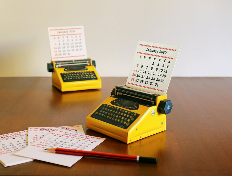 2020 & 2019 DIY Printable Paper Desk Calendar Papercraft | Realistic Yellow  Miniature Typewriter | A4 template pdf | Instant download Office