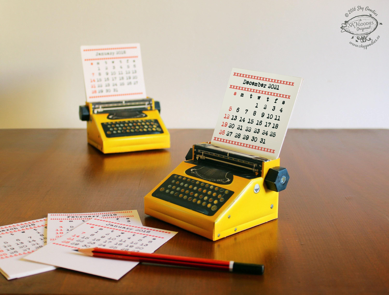 2021 and 2020 DIY Printable Paper Desk Calendar Papercraft ...
