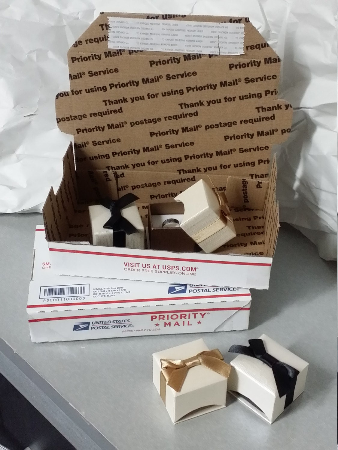 Gift Boxes With Usps Priority Shipping