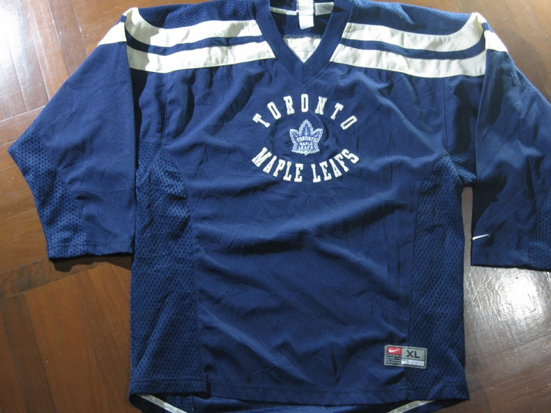 finest selection 380a8 7b72f Vintage nike toronto maple leafs canada ice hockey nhl jersey shirt long  sleeved size women girl XL 18 made in thailand 1990s 90s
