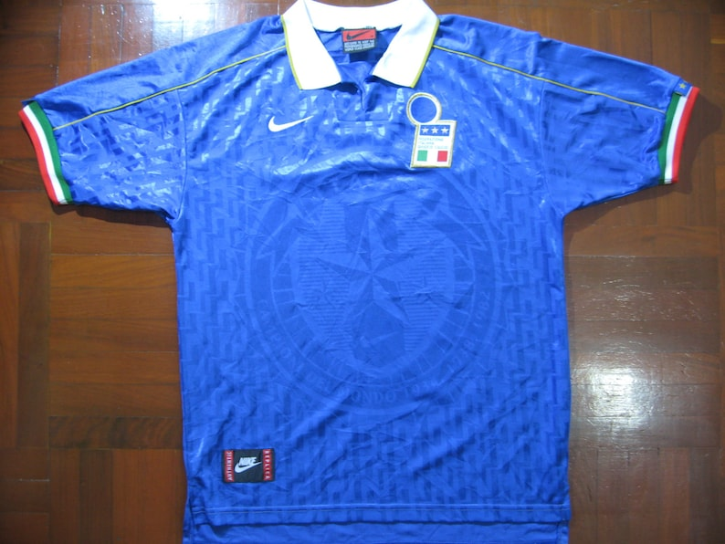 1476fcb208f Originals Vintage Nike Italy World Cup 1994 Rare Home VTG
