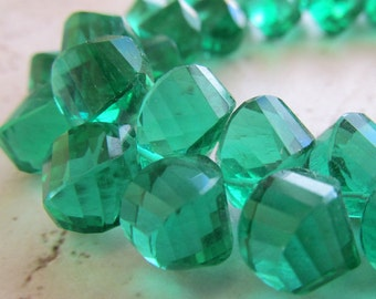 Kelly Green Quartz Faceted Twist Teardrop Beads 10 X 8mm - 8 inch Strand Irish Shamrock Green Twisted Teardrops Gemstone Briolettes