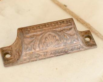 "Eastlake Drawer Pull Victorian Drawer Pull Antique Furniture Drawer Pull 3/"" CC"