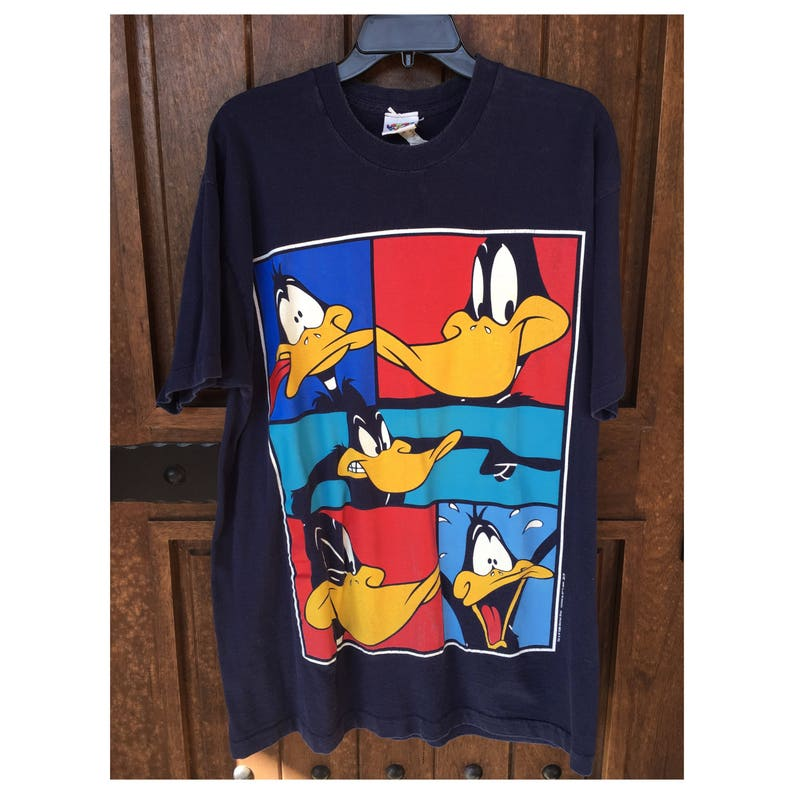 9b372740f622 90s Vintage LOONEY TUNES Daffy Duck 1996 Warner Bros Oversized