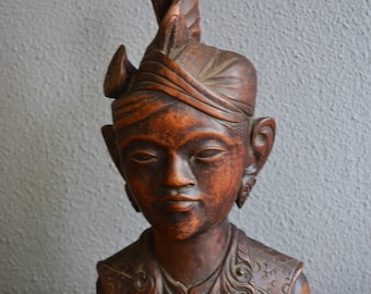 Vintage Indonesian handcarved wooden bust
