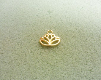 12 Lotus flower charms gold  plated tone GC496
