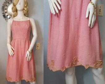 SALE! 1950s 1960s vintage pink linen dress embellished lace studs summer dress 50s 60s S