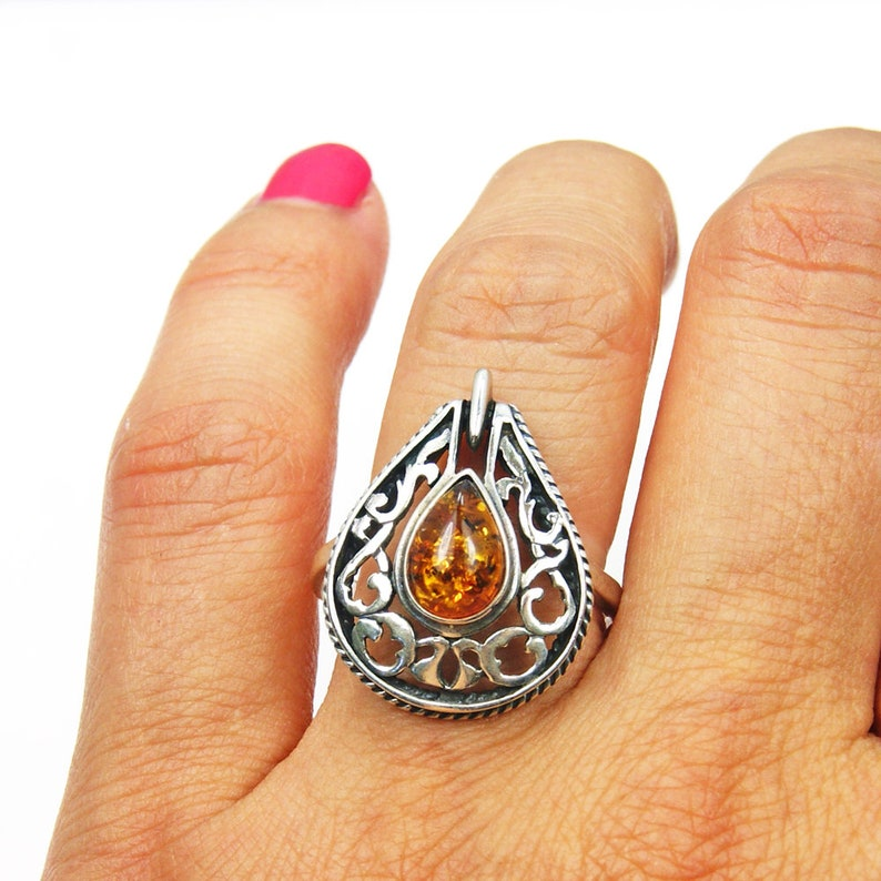 Royal Honey/' Amber Ring with Healing Power Sterling Silver Ring Size 8.5 AC364 Jewelry Gift
