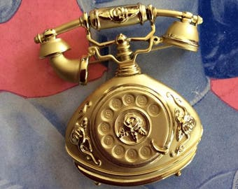 Vintage 1980s 1990s Brooch Pin LARGE Old Fashioned Telephone Gold Tone