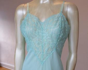 Vintage Vanity Fair Blue Lace Slip Dress 1960's Nylon Size 34