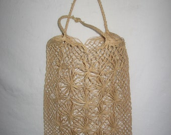 VTG Hippie Boho Woven Straw Natural Flower Mesh Crochet String Knotted Woven Double Handle See Thru Pouch Shoppers Tote Rectangular Handbag