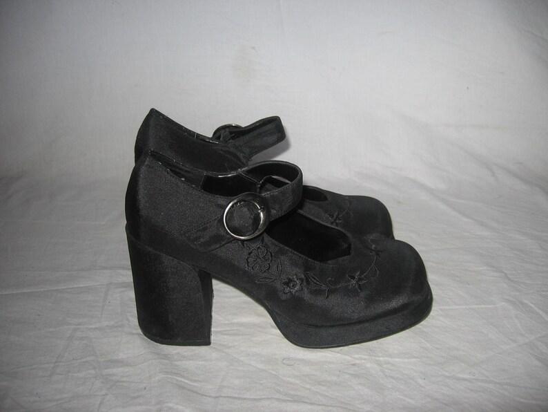 c10ca6d9ba6f Vintage MIA Selma Black Chunky Platform High Heel