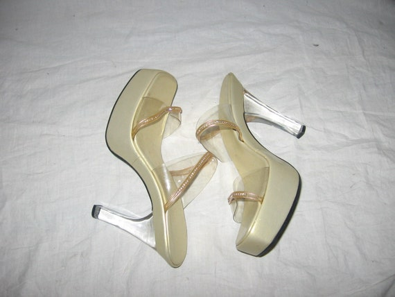 Vintage 90s Made In India Transparent Clear See Thru Plastic Metallic Gold High Stiletto Heel Rhinestones Sandals Slide Shoes Size 10
