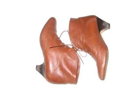 Vintage cognac brown Leather half boots women Size EU 39 autumn western chunky heels pointy toe boho footwear italian boots