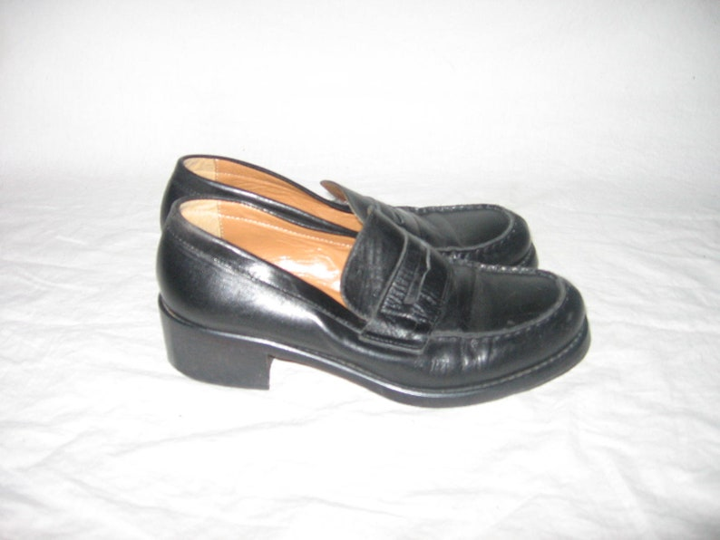 e3a43463255 Vintage Innovare Made In Italy Black Chunky Platform Heel