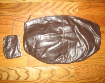 Vintage Brown Zippered Lined Pouch Clutch Leather Handbag w/ coin purse