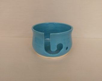 YARN BOWL - Sky Blue Reverse J Cut - Hand Made Ceramic #812