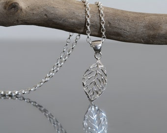 Sterling Silver Leaf Charm Necklace Simple Dainty Jewellery Silver 925 Everyday Necklace Diamond Cut Leaf Pendant Gift For Her Nature plant