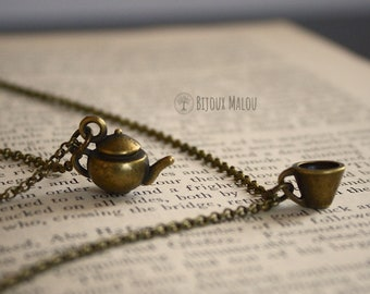 Set of Teapot and Teacup Necklaces Layering Necklace Coffee Tea Cake Jewellery Food Drink Double Necklace British Gift Birthday Gift Woman
