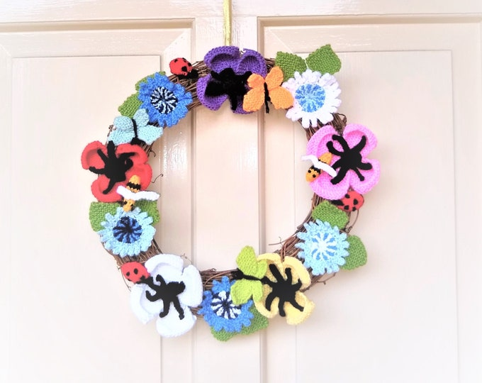 Knitting Pattern - Summer Wildflower Wreath, Ring of Flowers with Poppies, Cornflowers, Bees, Butterflies and Ladybirds, Floral Home Decor