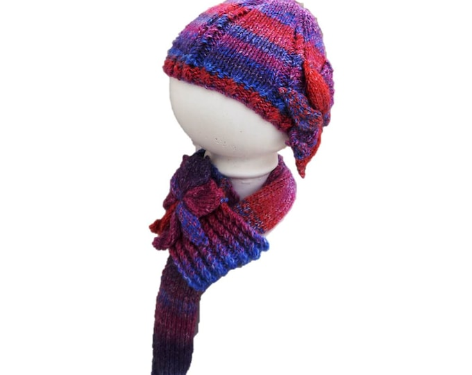 Ladies Hat and Scarf Knitting Pattern with Flowers,  Hat and Scarf Knitting Pattern,  Chunky Knitting Pattern, Chunky Hat and Scarf Pattern
