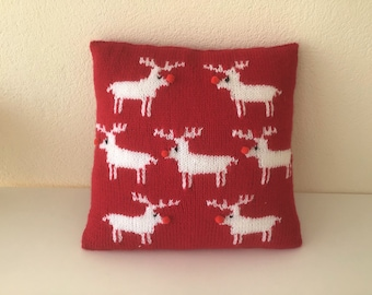 Knitting Pattern - Reindeer Cushion using Aran knitting wool, Pillow with Christmas Reindeers, Home Decoration, Digital Knitting Patterns