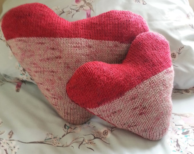 Heart Pillows Knitting Pattern, Hearts Cushion, pdf download cushion, Valentine Heart knitting pattern, Reversible knitted Scatter cushions