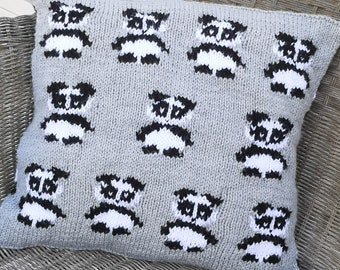 Knitting Pattern for Panda Cushion using Aran Worsted yarn, Pillow with black and white Pandas for the nursery and sofa, Knitting patterns