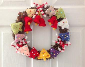 Knitting pattern for Christmas Wreath, Festive Xmas Decoration, pdf digital download