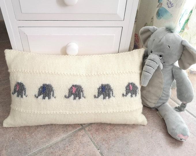 Knitting pattern for a Little Elephant Pillow, Cushion Knitting Pattern with Elephants, Baby Gift, Rectangular Cushion, digital download pdf