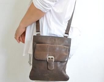 Vintage MESSENGER LEATHER BAG women/'s bag.............. 688
