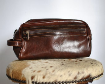 Vintage HANDMADE leather clutch  1138016a84493
